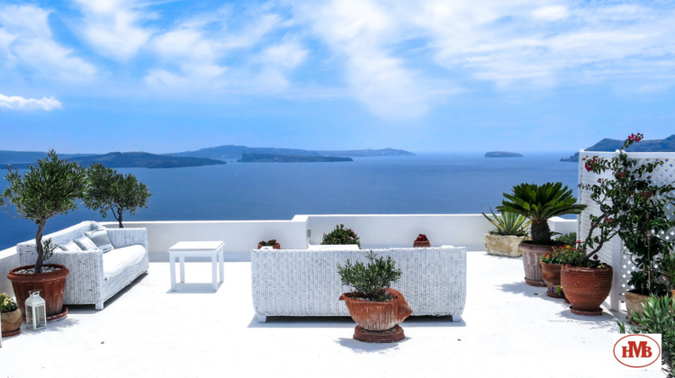 Decora-tu-terraza-con-estos-preciosos-muebles